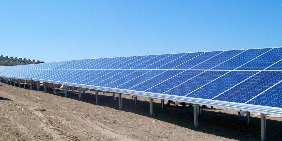 instalacion-paneles-solares-wurth-andujar-01
